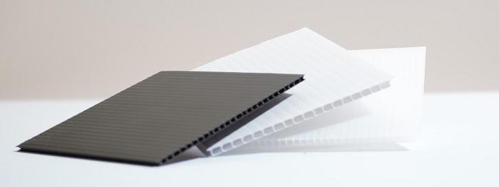 Semi-transparant, wit of zwart